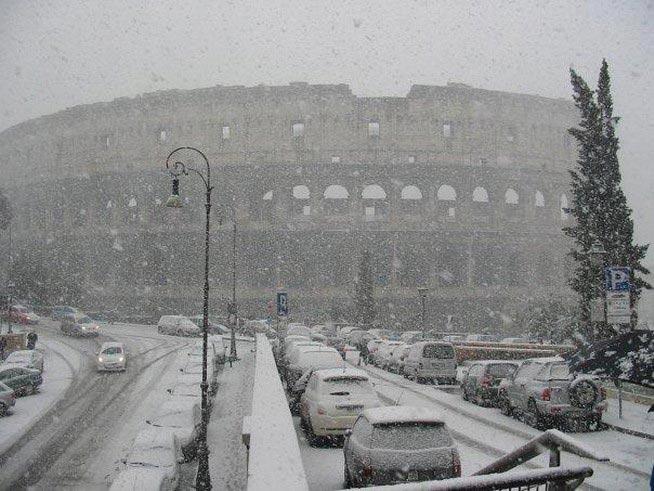 roma-sotto-la-neve