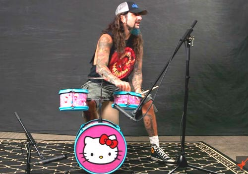 Mike Portnoy hello kitty